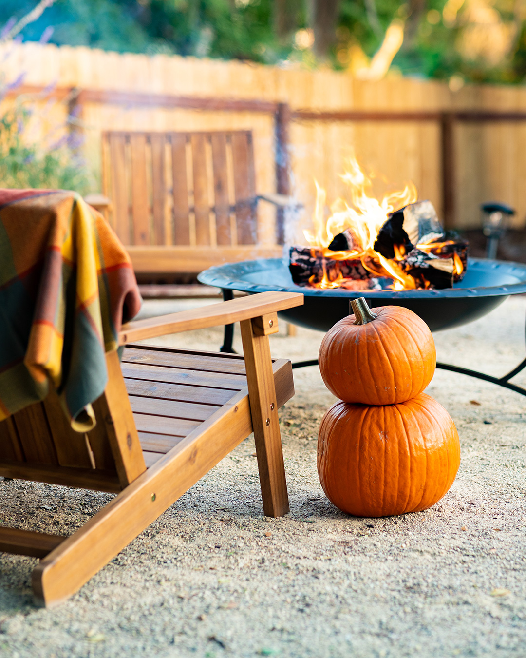 Firepit pumpkin decor